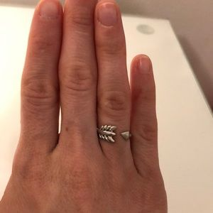 Stella and Dot arrow ring